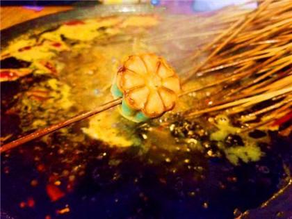 当串串香遇上中秋月饼?很有想象力