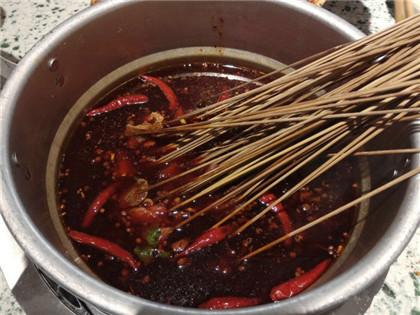 回收老油是火锅串串的技术传承吗