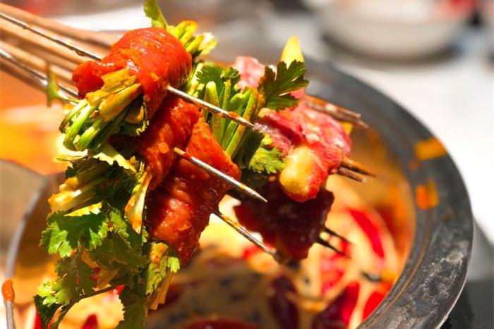 牛肉串串香是怎么进行腌制的