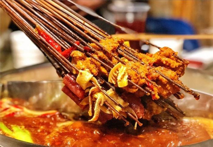 福州吃串串香的人多吗