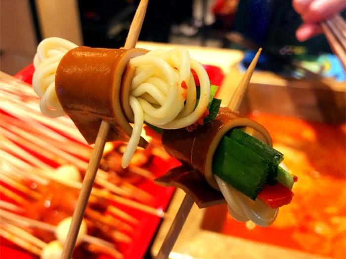 串串香菜品批发还是自己串的B.jpg