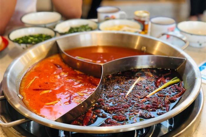市井火锅是什么意思?和串串香一样吗