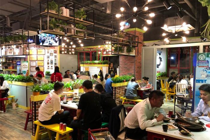 杭州开家串串香店哪里小吃街或夜市比较好B.jpg