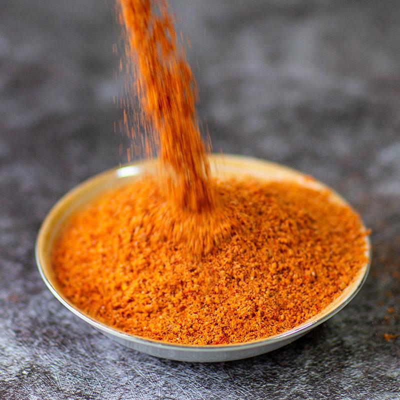 某串串香店腌制辣椒粉、腌制红油制作方法