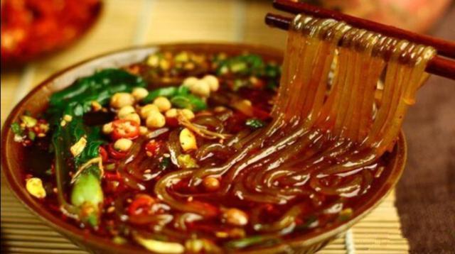 冷锅串串店的酸辣粉怎么做