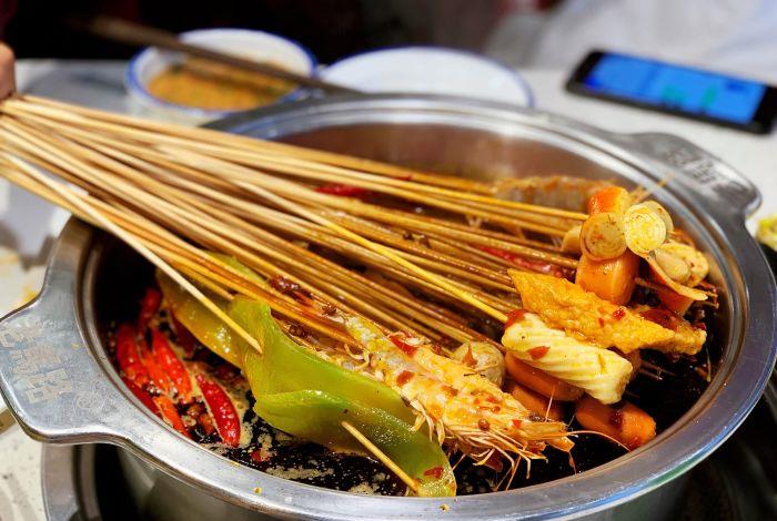 串串香比传统餐饮的优势在哪里