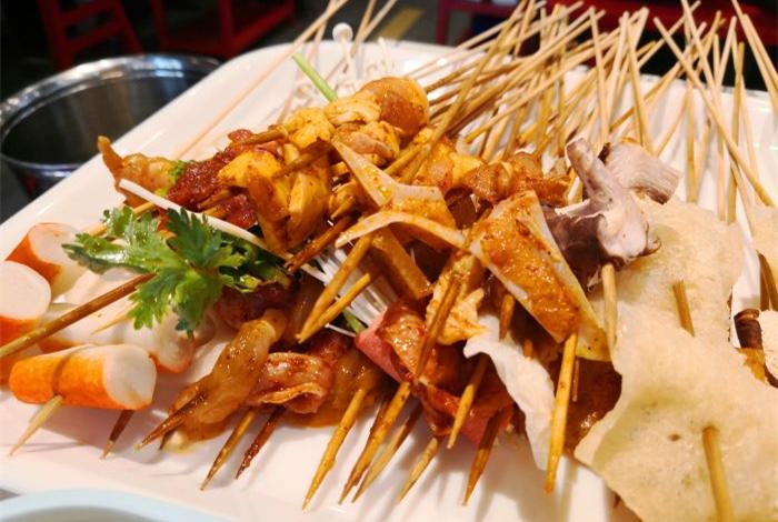 串串香比传统餐饮的优势在哪里C.jpg