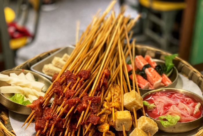 串串香的肉串要腌过吗