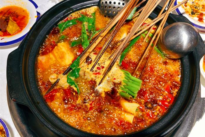串串香锅底风味的分类探讨