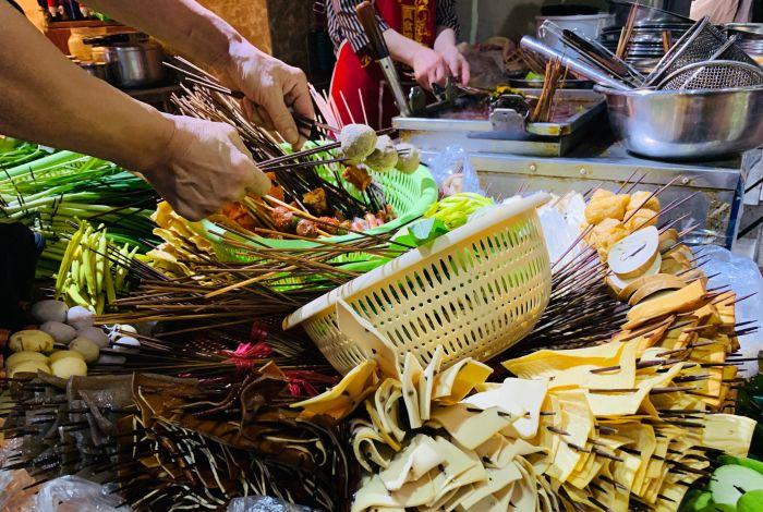 冷锅串串和钵钵鸡哪个更有市场B.jpg