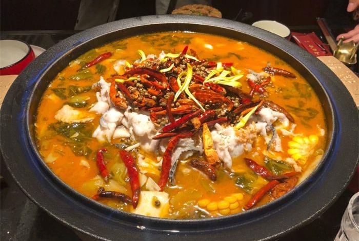 酸菜鱼火锅的做法和步骤B.jpg