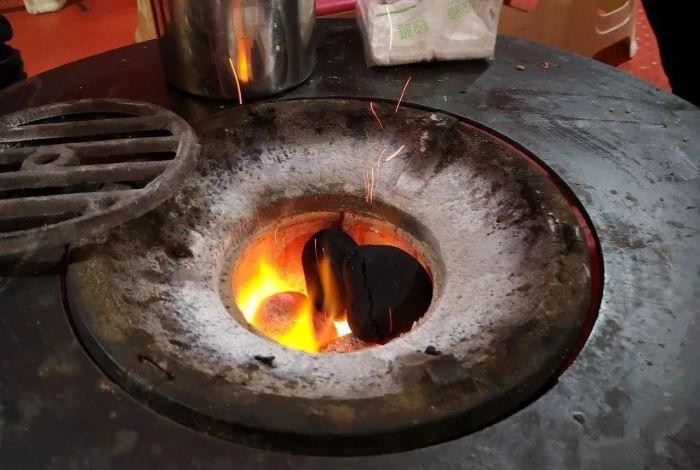 茶缸串串用的什么炉子