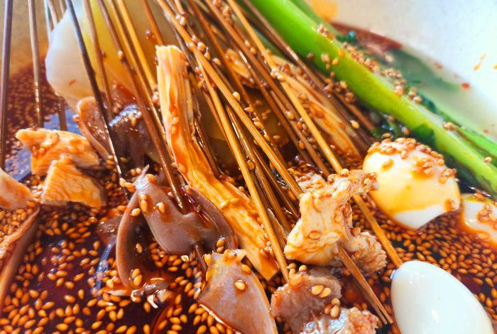 钵钵鸡和冷锅串串区别是什么