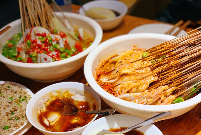 钵钵鸡和冷锅串串区别是什么B.jpg