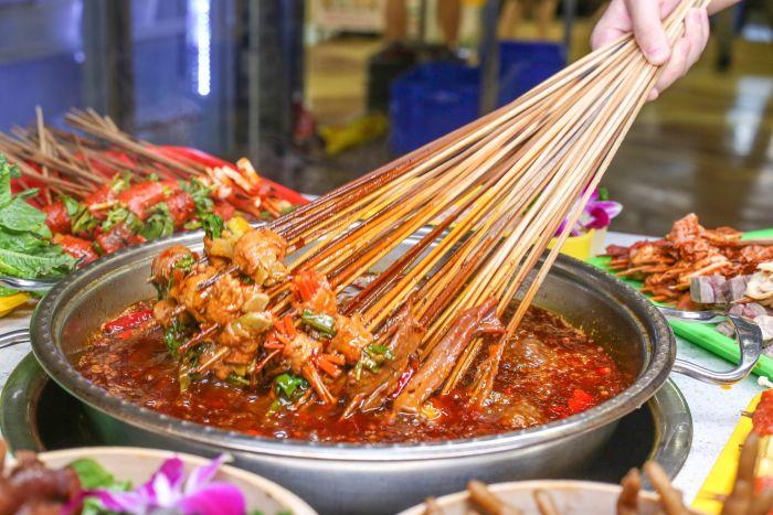四川串串香红油的熬制方法